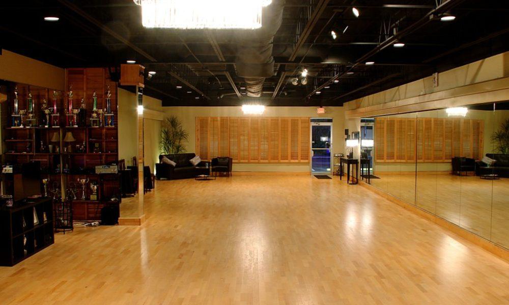 Dancin' Dance Interior